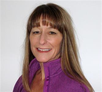 Cathy headshot 2014.jpg