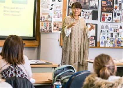 08 Lectures & Seminars